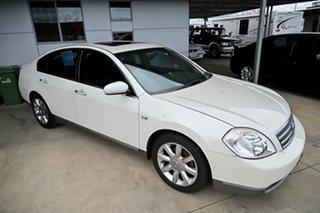 2005 Nissan Maxima J31 MY05 TI-L White 4 Speed Automatic Sedan.