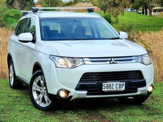 2014 Mitsubishi Outlander ZJ MY14.5 ES 4WD White 6 Speed Constant Variable Wagon.