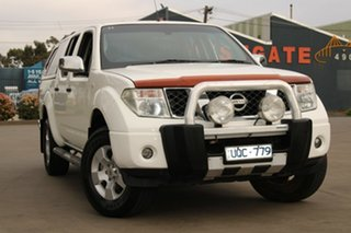 2007 Nissan Navara D40 ST-X (4x4) White 5 Speed Automatic Dual Cab Pick-up.