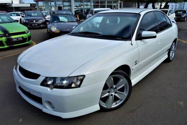 Used Holden Commodore VY II SS Seaford, 2004 Holden Commodore VY II SS White 4 Speed Automatic Sedan