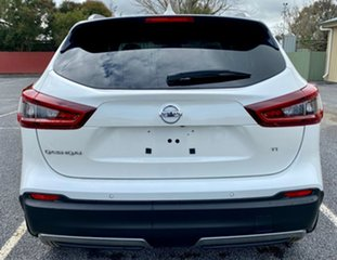 2020 Nissan Qashqai J11 SERIES 3 MY Ti X-tronic Ivory Pearl Continuous Variable Transmission Wagon