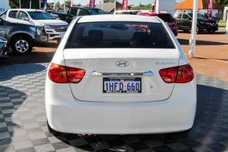 2011 Hyundai Elantra HD MY10 SLX White 4 Speed Automatic Sedan.