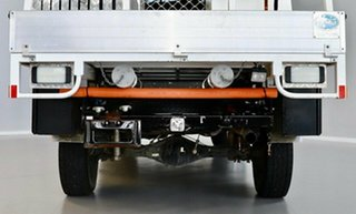 2013 Toyota Hilux KUN26R MY12 SR Xtra Cab White 5 Speed Manual Cab Chassis