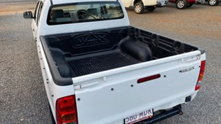 2011 Toyota Hilux TGN16R MY11 Upgrade Workmate White 5 Speed Manual Dual Cab