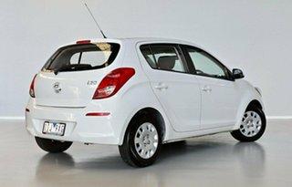 2015 Hyundai i20 PB MY16 Active White 6 Speed Manual Hatchback.