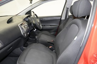 2014 Hyundai i20 PB MY14 Active Electric Red 6 Speed Manual Hatchback