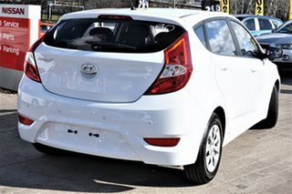 2016 Hyundai Accent RB3 MY16 Active White 6 Speed Constant Variable Hatchback
