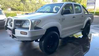 2009 Toyota Hilux KUN26R 09 Upgrade SR (4x4) White 5 Speed Manual Dual Cab Chassis.