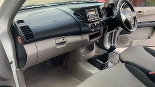 2009 Mitsubishi Triton ML MY09 GLX White 5 Speed Manual Cab Chassis