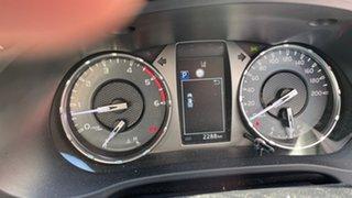 4x4 DC SR5 2.8L T Diesel Automatic