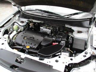 2009 Mitsubishi Outlander 4X4 Silver 5 Speed Automatic Wagon