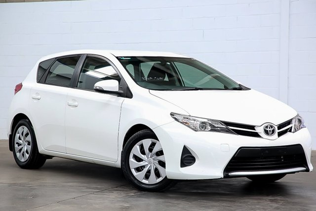 Used Toyota Corolla ZRE182R Ascent S-CVT Erina, 2015 Toyota Corolla ZRE182R Ascent S-CVT White 7 Speed Constant Variable Hatchback