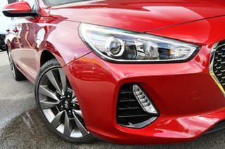 2017 Hyundai i30 PD MY18 SR Red 6 Speed Manual Hatchback.