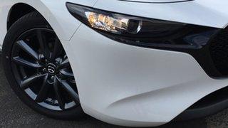 2021 Mazda 3 BP2H7A G20 SKYACTIV-Drive Evolve White Pearl 6 Speed Sports Automatic Hatchback.