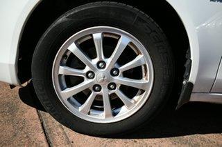2011 Mitsubishi Lancer CJ MY11 SX White 5 Speed Manual Sedan.