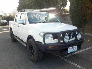 2009 Nissan Navara D40 ST-X (4x4) White 5 Speed Automatic Dual Cab Pick-up.