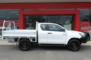 2018 Toyota Hilux GUN136R SR Extra Cab 4x2 Hi-Rider White 6 Speed Sports Automatic Utility.