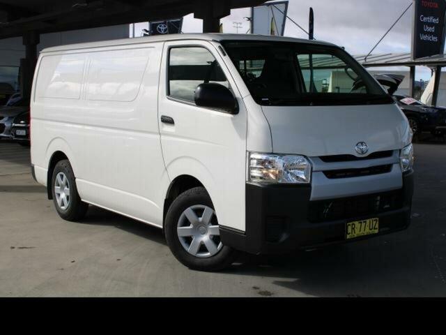 Used Toyota HiAce TRH201R MY16 LWB Gungahlin, 2018 Toyota HiAce TRH201R MY16 LWB French Vanilla 6 Speed Automatic Van