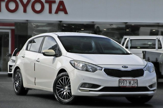 Pre-Owned Kia Cerato YD MY16 S Upper Mount Gravatt, 2016 Kia Cerato YD MY16 S White 6 Speed Sports Automatic Hatchback