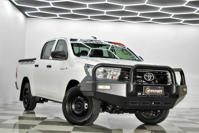 Used Toyota Hilux TGN121R MY19 Workmate Burleigh Heads, 2018 Toyota Hilux TGN121R MY19 Workmate White 6 Speed Automatic Double Cab Pick Up