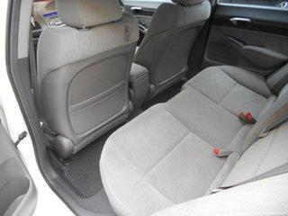 2009 Honda Civic 8th Gen MY09 VTi White 5 Speed Automatic Sedan
