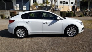 2016 Holden Cruze JH MY15 Equipe White 6 Speed Automatic Hatchback.