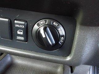 2009 Nissan Navara D40 ST-X (4x4) White 6 Speed Manual Dual Cab Pick-up