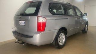 2011 Kia Grand Carnival VQ MY11 SI Silver 6 Speed Automatic Wagon.
