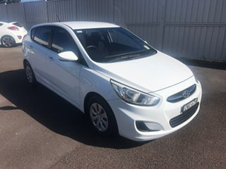 2014 Hyundai Accent RB2 MY15 Active White 6 Speed Manual Hatchback.