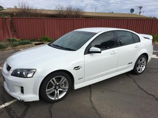 2009 Holden Commodore VE MY10 SS White 6 Speed Sports Automatic Sedan.