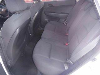 2011 Hyundai i30 White 5 Speed Automatic Hatchback