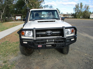 2018 Toyota Landcruiser VDJ79R MY18 Workmate (4x4) French Vanilla 5 Speed Manual Cab Chassis