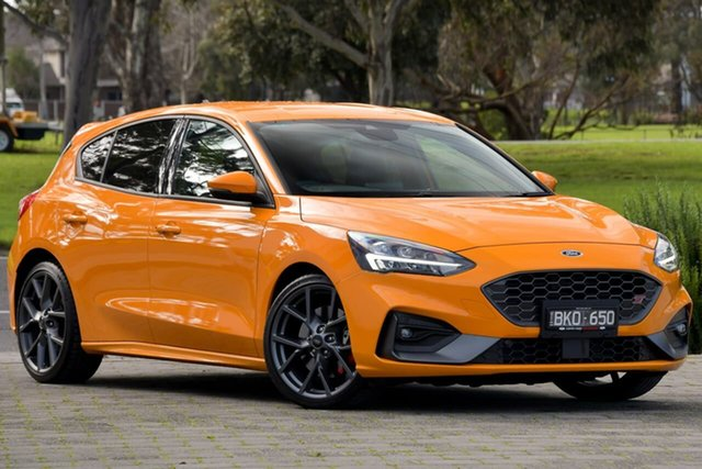 Used Ford Focus SA 2020.25MY ST Dandenong, 2020 Ford Focus SA 2020.25MY ST Orange 7 Speed Automatic Hatchback