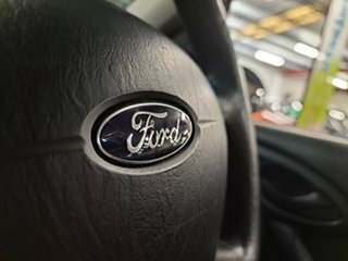 2004 Ford Focus LR MY2003 CL White 5 Speed Manual Hatchback