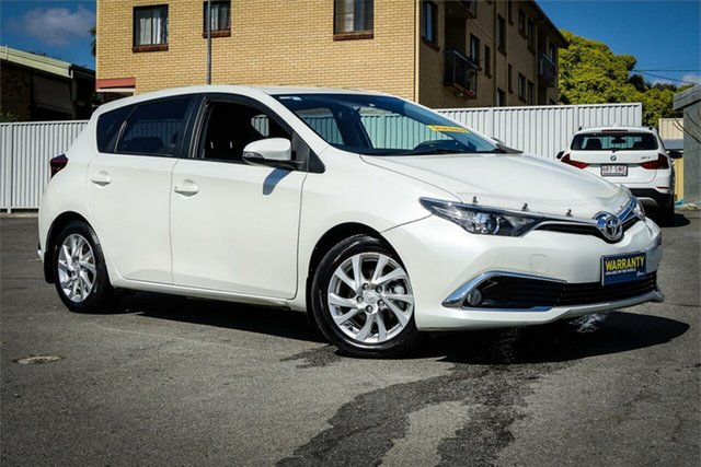 Used Toyota Corolla ZRE182R Ascent Sport S-CVT Moorooka, 2016 Toyota Corolla ZRE182R Ascent Sport S-CVT White 7 Speed Constant Variable Hatchback