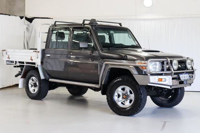 Used Toyota Landcruiser VDJ79R MY13 GXL Double Cab Wangara, 2014 Toyota Landcruiser VDJ79R MY13 GXL Double Cab Grey 5 Speed Manual Cab Chassis