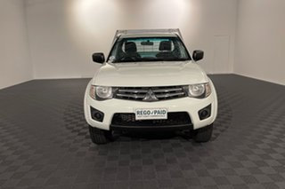 2014 Mitsubishi Triton MN MY15 GLX White 5 speed Manual Cab Chassis.