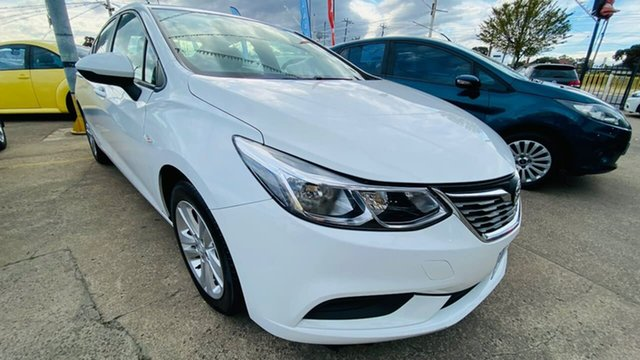 Used Holden Astra BL MY18 LS Maidstone, 2018 Holden Astra BL MY18 LS White 6 Speed Sports Automatic Sedan