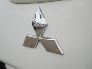 2010 Mitsubishi Triton MN MY10 GLX-R Double Cab White 5 Speed Manual Utility