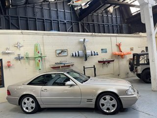 1999 Mercedes-Benz SL-Class R129 SL320 Silver 5 Speed Automatic Roadster.