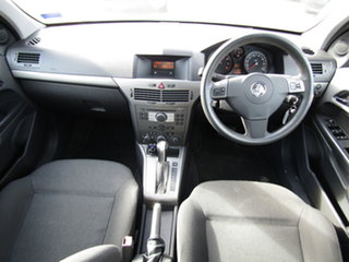 2005 Holden Astra AH MY05 CD Active Grey 4 Speed Automatic Hatchback