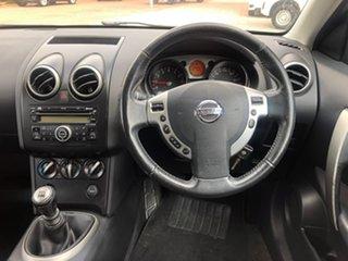 2010 Nissan Dualis J10 MY2009 Ti Hatch White 6 Speed Manual Hatchback