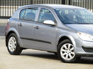 2005 Holden Astra AH MY05 CD Active Grey 4 Speed Automatic Hatchback.