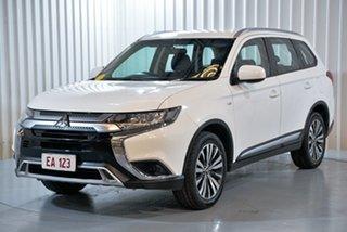 2018 Mitsubishi Outlander ZL MY18.5 ES 2WD White 5 Speed Manual Wagon.
