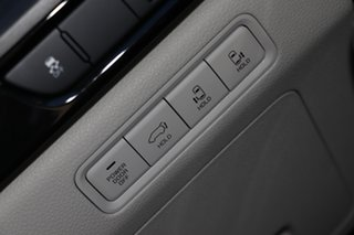 2020 Kia Carnival KA4 MY21 SLi Ceramic Silver 8 Speed Sports Automatic Wagon