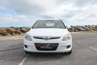 2008 Hyundai i30 FD MY09 SX White 5 Speed Manual Hatchback.
