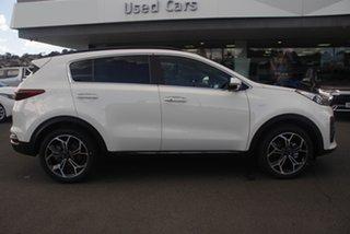 2021 Kia Sportage Clear White Wagon.