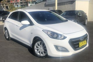 2016 Hyundai i30 GD4 Series 2 Active White 6 Speed Automatic Hatchback.