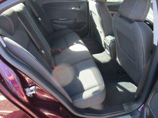 2014 Holden Commodore VF MY14 Evoke Purple 6 Speed Sports Automatic Sedan