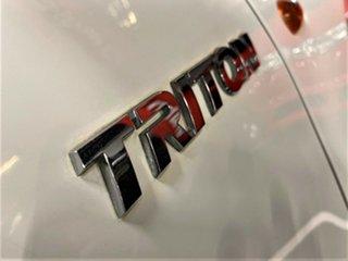 2008 Mitsubishi Triton ML MY08 GLX Double Cab White 5 Speed Manual Cab Chassis
